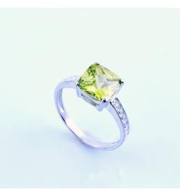 Srebrny pierścionek z cyrkoniami (P-1769)