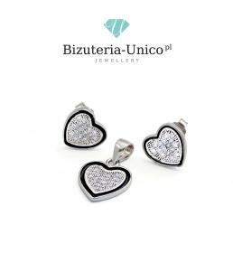 Srebrny komplet w kształcie serca z cyrkoniami