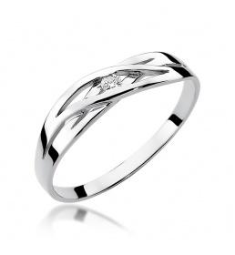 Złoty pierścionek z brylantem 0,05ct (W-156)