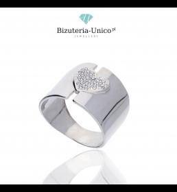 Srebrny pierścionek - serce z cyrkoniami