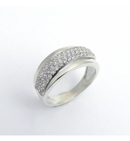 Srebrny pierścionek z cyrkoniami (P 1407)